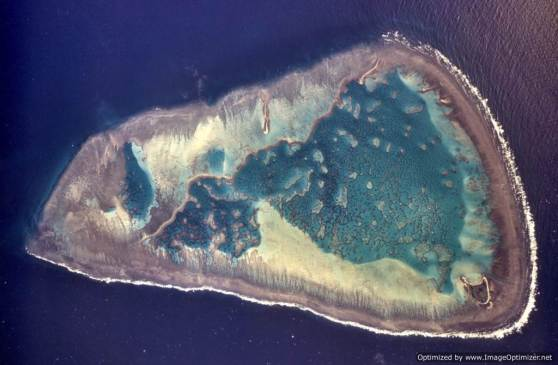Aerial photograph of One Tree Reef. — Photo  One Tree Island Research Station at the University of Sydney-Optimized