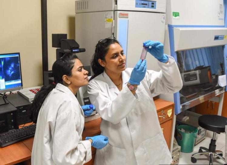 Smita Patil (left) and Rohini Singh (right)-Optimized